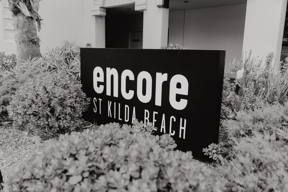 Encore St Kilda Beach Wedding Photos Encore St Kilda Beach Receptions Wedding Photographer Photography 191208 052