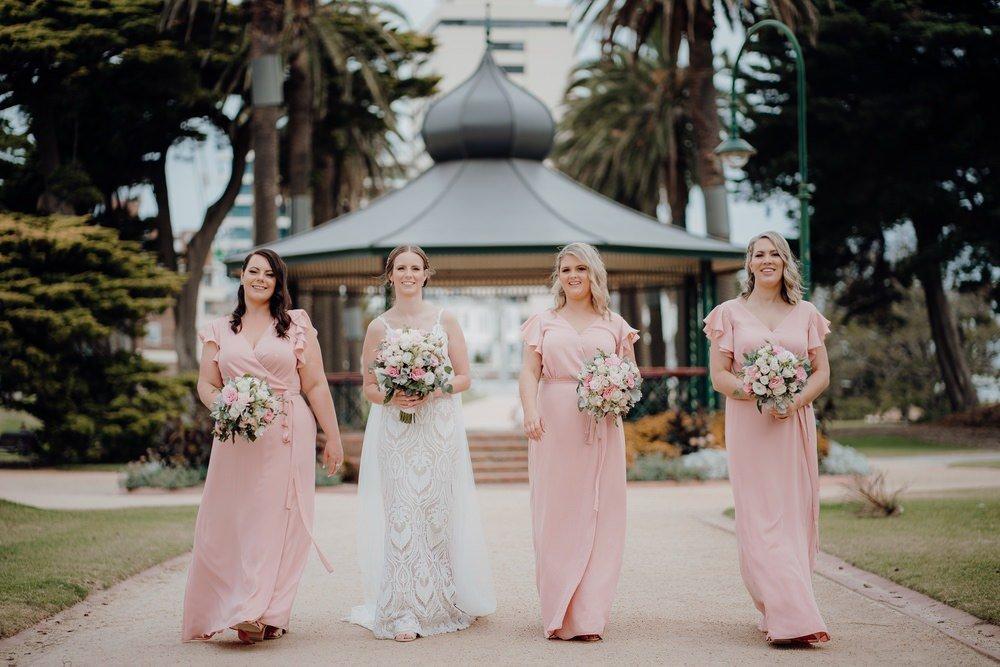Encore St Kilda Beach Wedding Photos Encore St Kilda Beach Receptions Wedding Photographer Photography 191208 101