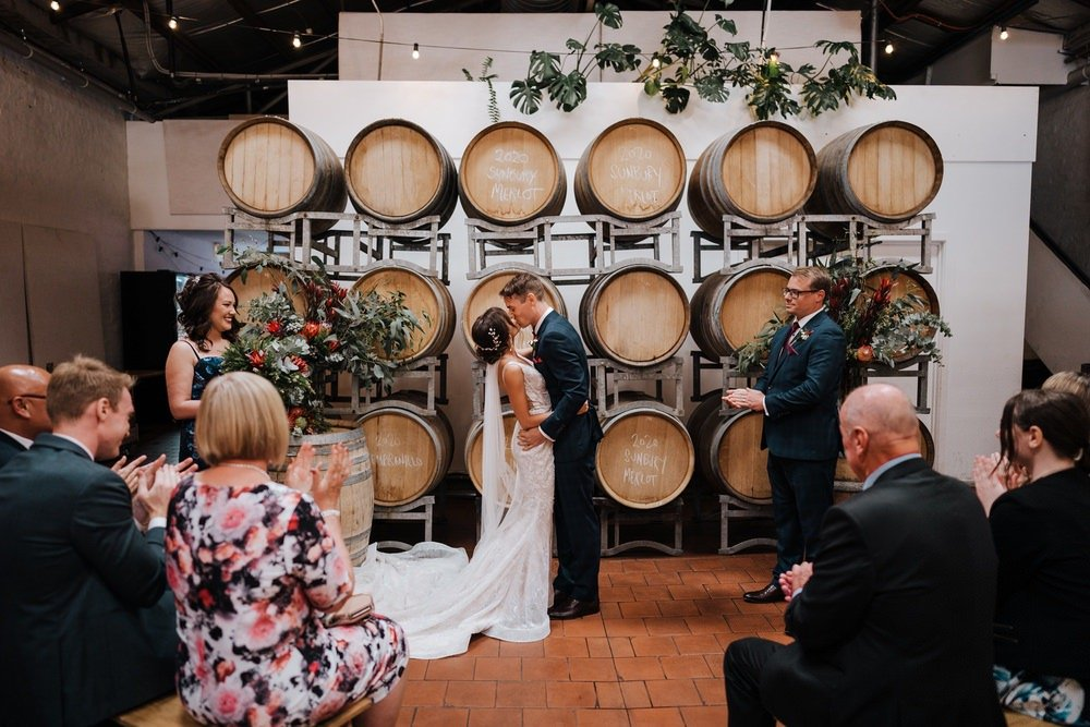 Fitzroy Gardens Winery Wedding Photos Fitzroy Gardens Winery Receptions Wedding Photographer Photography 191208 062