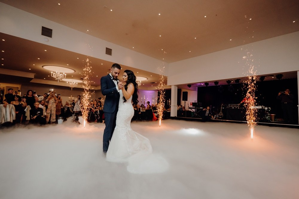 Lakeside Wedding Photos Lakeside Receptions Wedding Photographer 180428photography 103