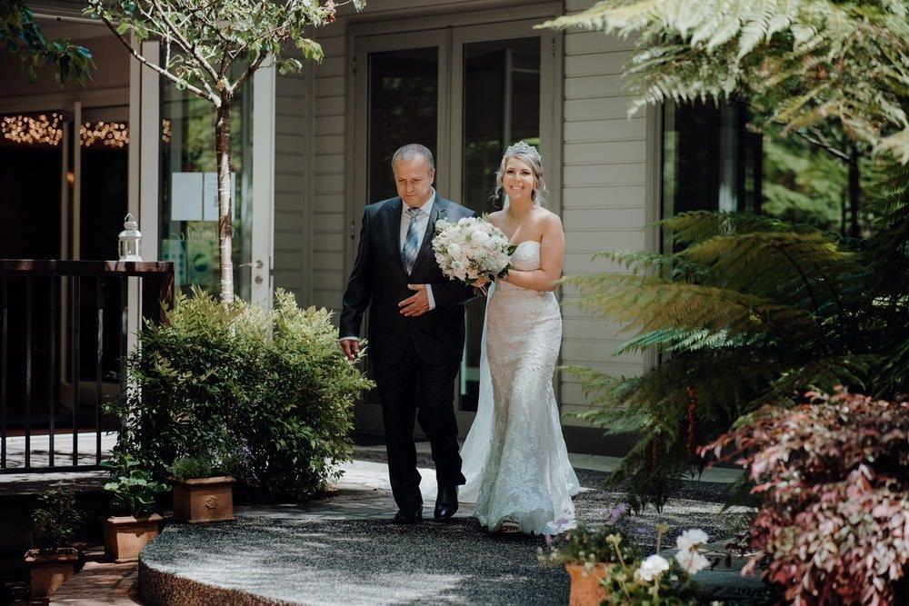 Lyrebird Falls Wedding Photos Lyrebird Falls Receptions Wedding Photographer Photography 191208 012