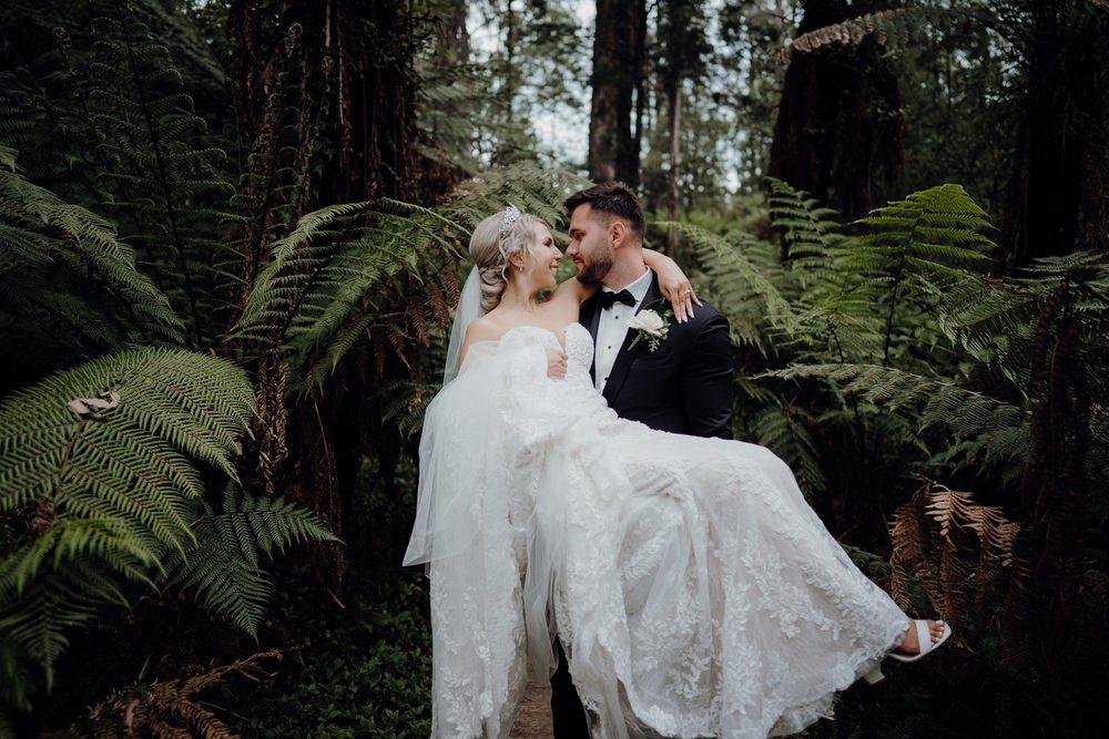 Lyrebird Falls Wedding Photos Lyrebird Falls Receptions Wedding Photographer Photography 191208 046