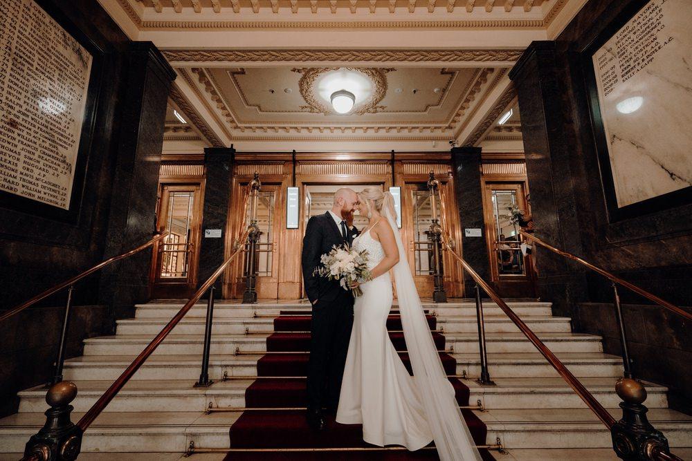 Melbourne Town Hall Wedding Photos Melbourne Town Hall Receptions Wedding Photographer Photography 191208 061
