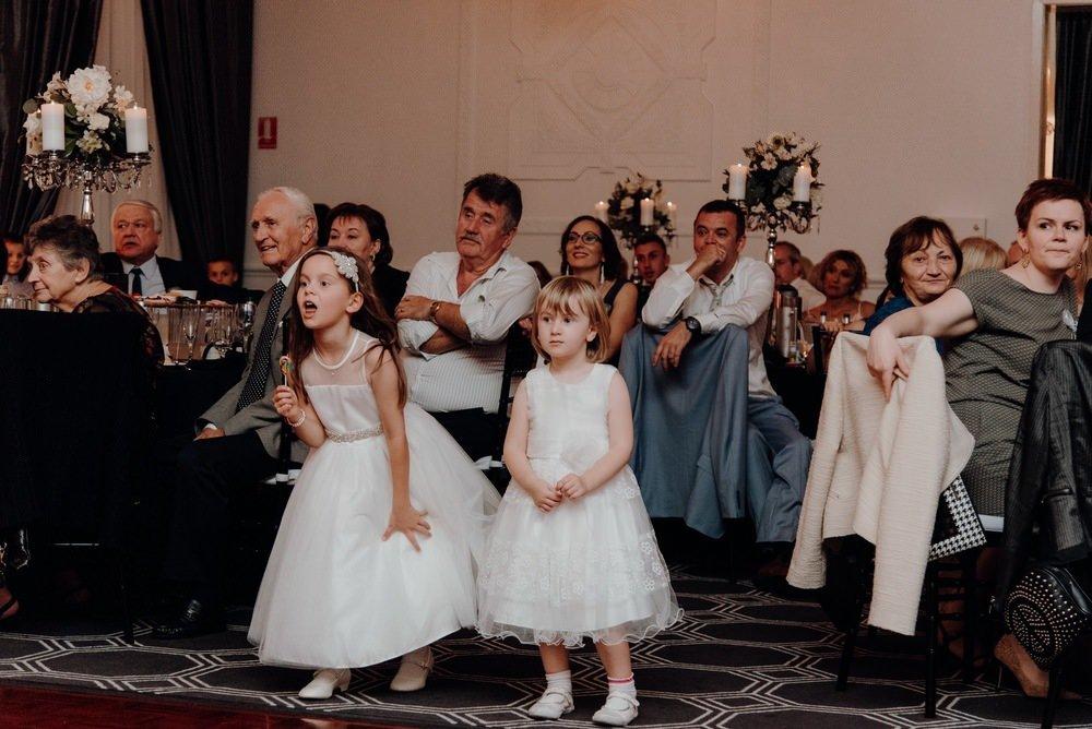 Vogue Ballroom Gardens Wedding Photos Vogue Ballroom Receptions Wedding Photographer Photography 081
