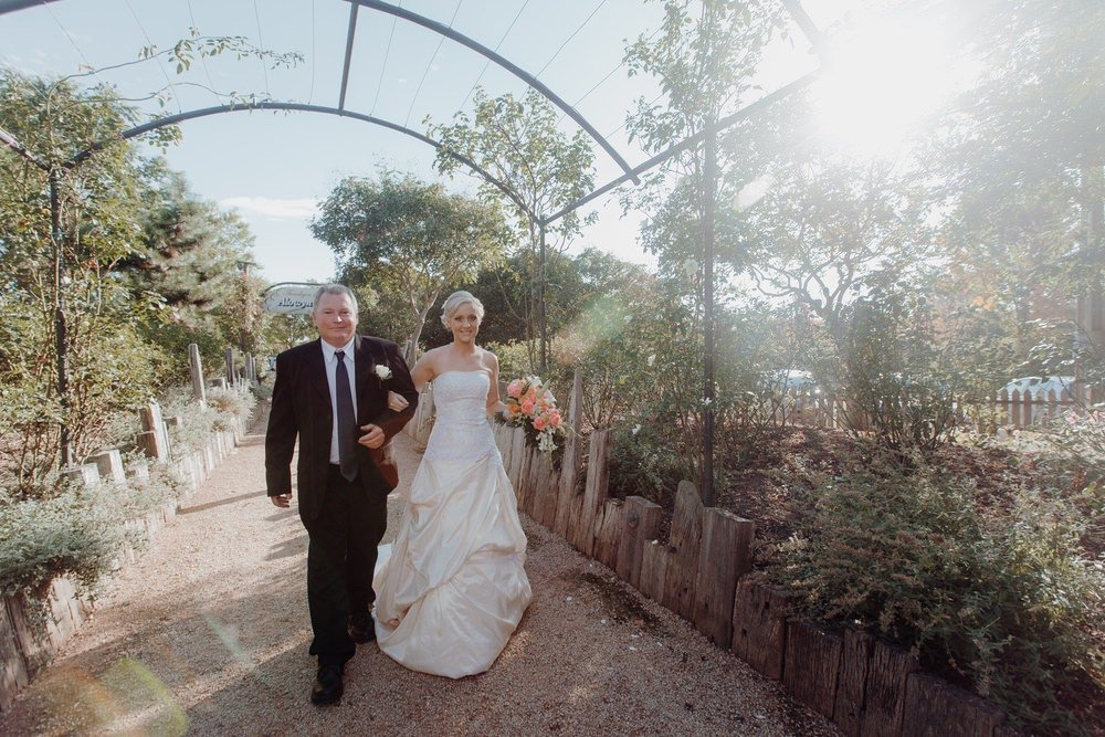 Alowyn Gardens Wedding Photos Alowyn Gardens Wedding Photographer Wedding Photography Package Melbourne 131207 022