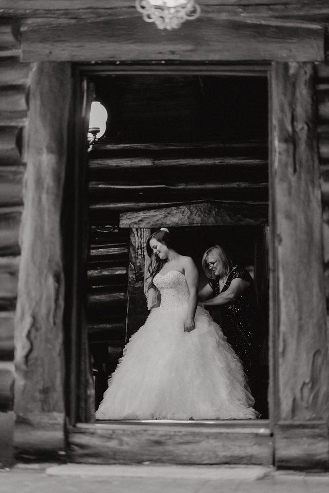 Chateau Wyuna Wedding Photos Chateau Wyuna Receptions Wedding Photographer Wedding Photography Package Melbourne 160404 004