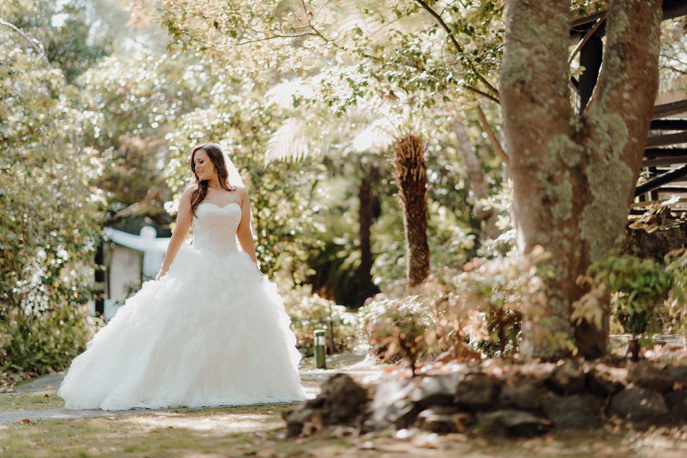 Chateau Wyuna Wedding Photos Chateau Wyuna Receptions Wedding Photographer Wedding Photography Package Melbourne 160404 009