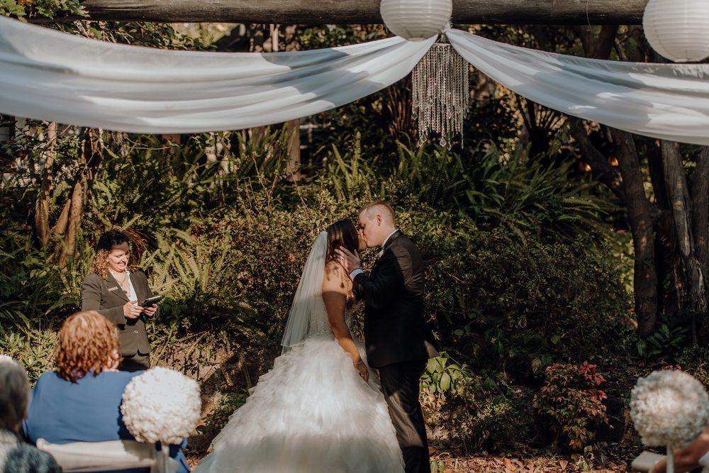 Chateau Wyuna Wedding Photos Chateau Wyuna Receptions Wedding Photographer Wedding Photography Package Melbourne 160404 020