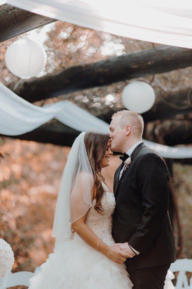 Chateau Wyuna Wedding Photos Chateau Wyuna Receptions Wedding Photographer Wedding Photography Package Melbourne 160404 024