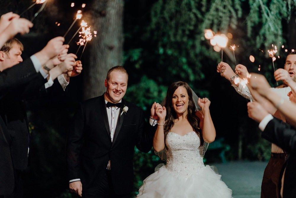 Chateau Wyuna Wedding Photos Chateau Wyuna Receptions Wedding Photographer Wedding Photography Package Melbourne 160404 042