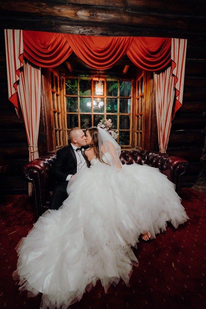 Chateau Wyuna Wedding Photos Chateau Wyuna Receptions Wedding Photographer Wedding Photography Package Melbourne 160404 045