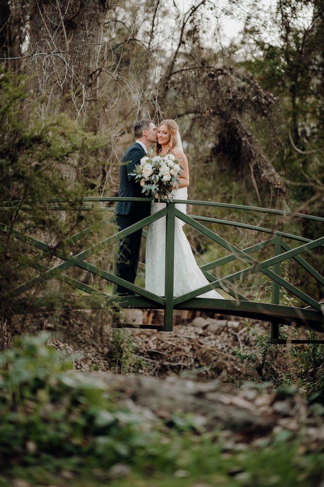 Chateau Wyuna Wedding Photos Chateau Wyuna Wedding Photographer Wedding Photography Package Melbourne 210430 047