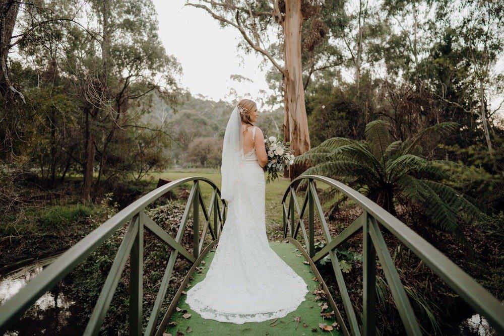 Chateau Wyuna Wedding Photos Chateau Wyuna Wedding Photographer Wedding Photography Package Melbourne 210430 048