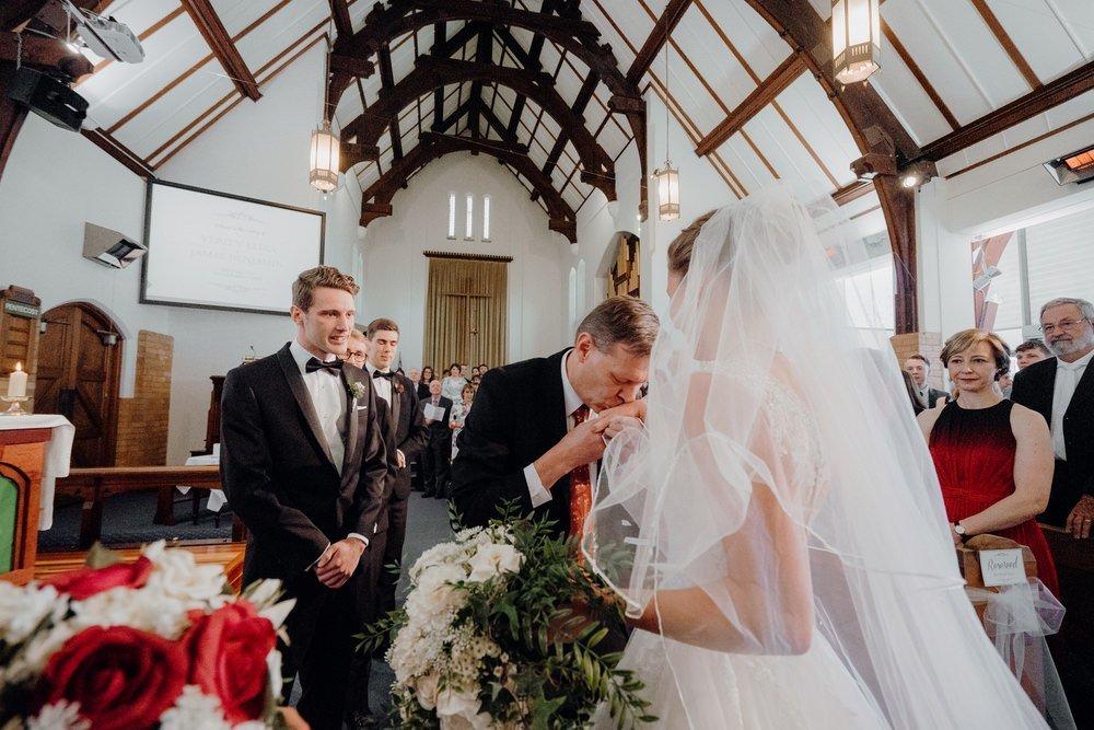 The Savoy Hotel Wedding Photos The Savoy Hotel Wedding Photographer Wedding Photography Package Melbourne 210430 007