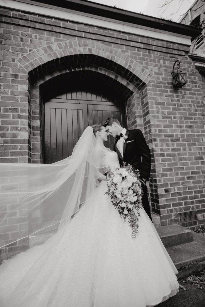 The Savoy Hotel Wedding Photos The Savoy Hotel Wedding Photographer Wedding Photography Package Melbourne 210430 019