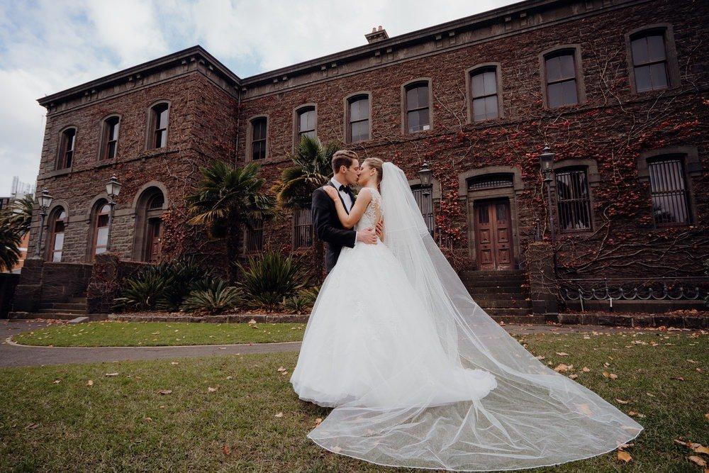 The Savoy Hotel Wedding Photos The Savoy Hotel Wedding Photographer Wedding Photography Package Melbourne 210430 028