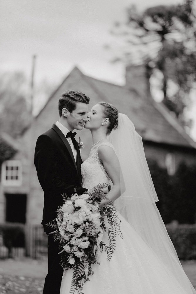 The Savoy Hotel Wedding Photos The Savoy Hotel Wedding Photographer Wedding Photography Package Melbourne 210430 039