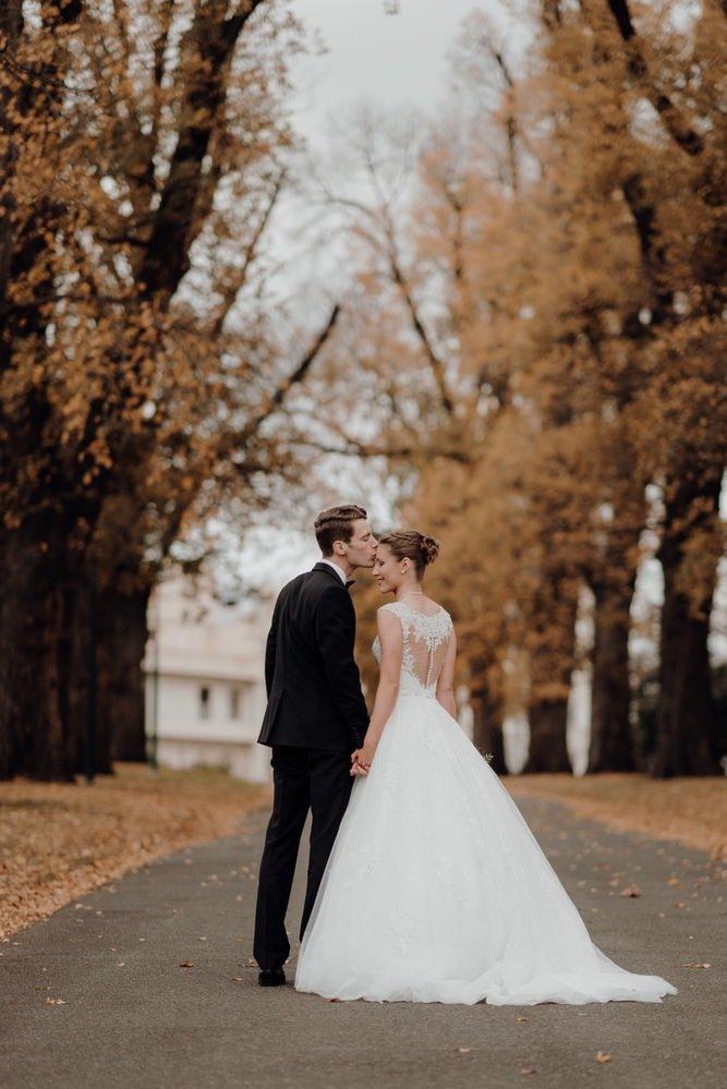 The Savoy Hotel Wedding Photos The Savoy Hotel Wedding Photographer Wedding Photography Package Melbourne 210430 053