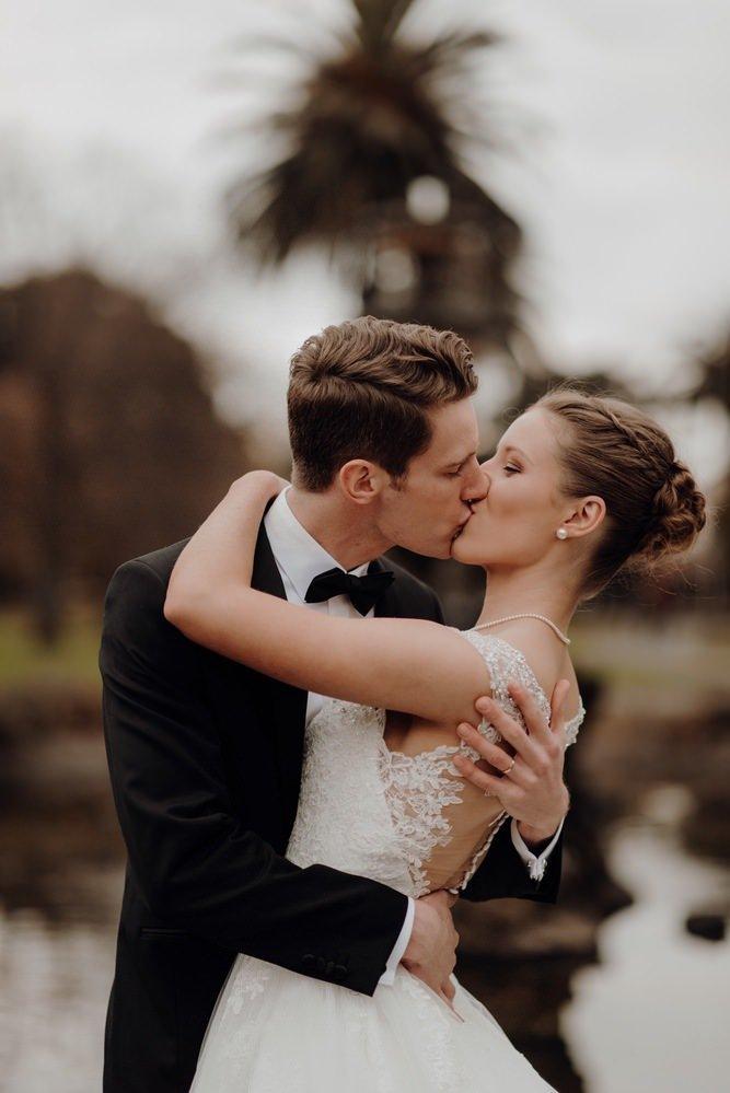 The Savoy Hotel Wedding Photos The Savoy Hotel Wedding Photographer Wedding Photography Package Melbourne 210430 056