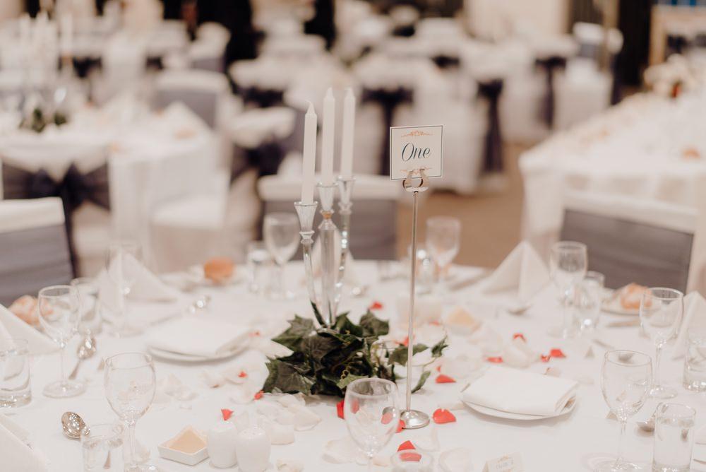 The Savoy Hotel Wedding Photos The Savoy Hotel Wedding Photographer Wedding Photography Package Melbourne 210430 059
