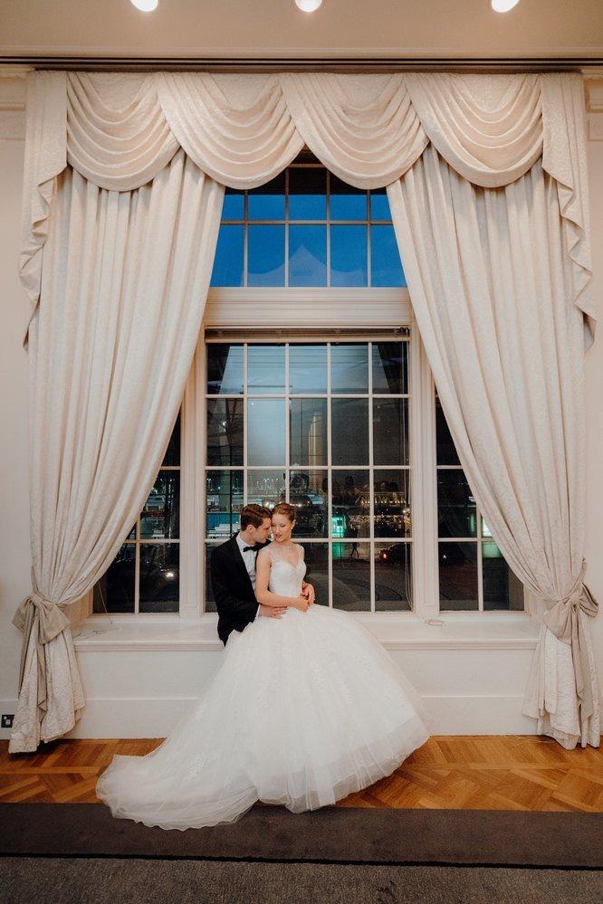 The Savoy Hotel Wedding Photos The Savoy Hotel Wedding Photographer Wedding Photography Package Melbourne 210430 070